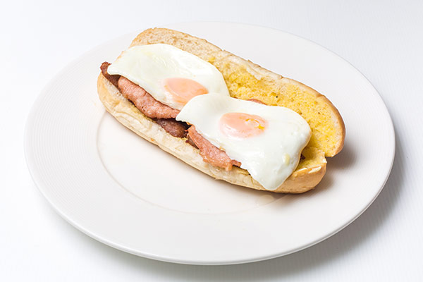i-Rovers Sport Bar Breakfast-Sandwich