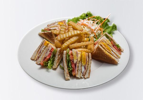 i-Rovers Sports Bar Club Sandwich