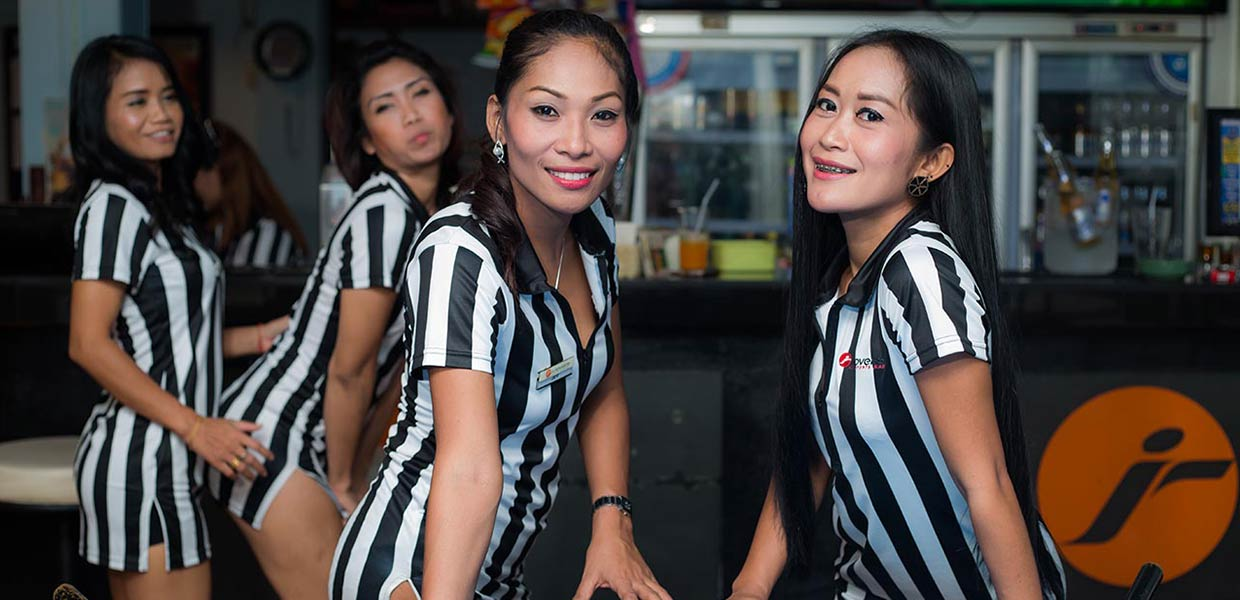 Pattaya Sports Bar - I-Rovers Sports Bar