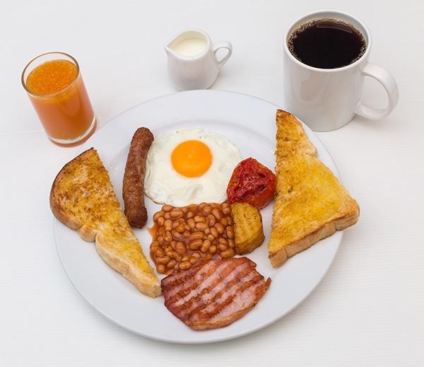 i-Rovers Sport Bar Light Breakfast